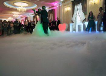 Ciężki-dym-pierwszy-taniec-wytwornica-dymu