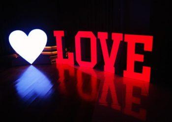 napis-love-ministerstwo